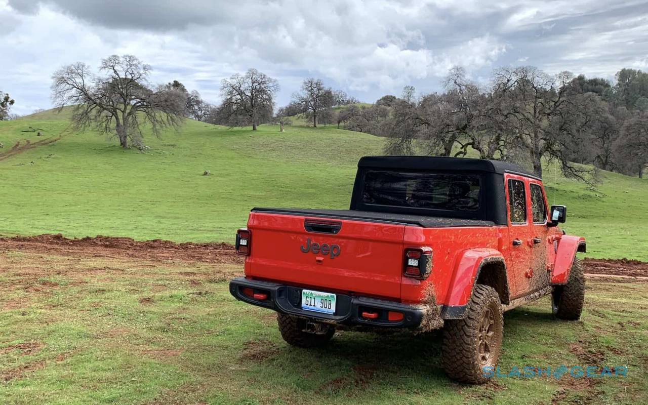 2020 Jeep Gladiator Pricing And Fuel Economy Revealed Slashgear