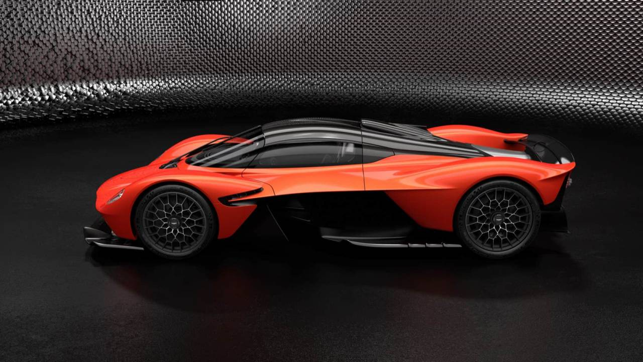 With 1,160 hp the Aston Martin Valkyrie is no ordinary