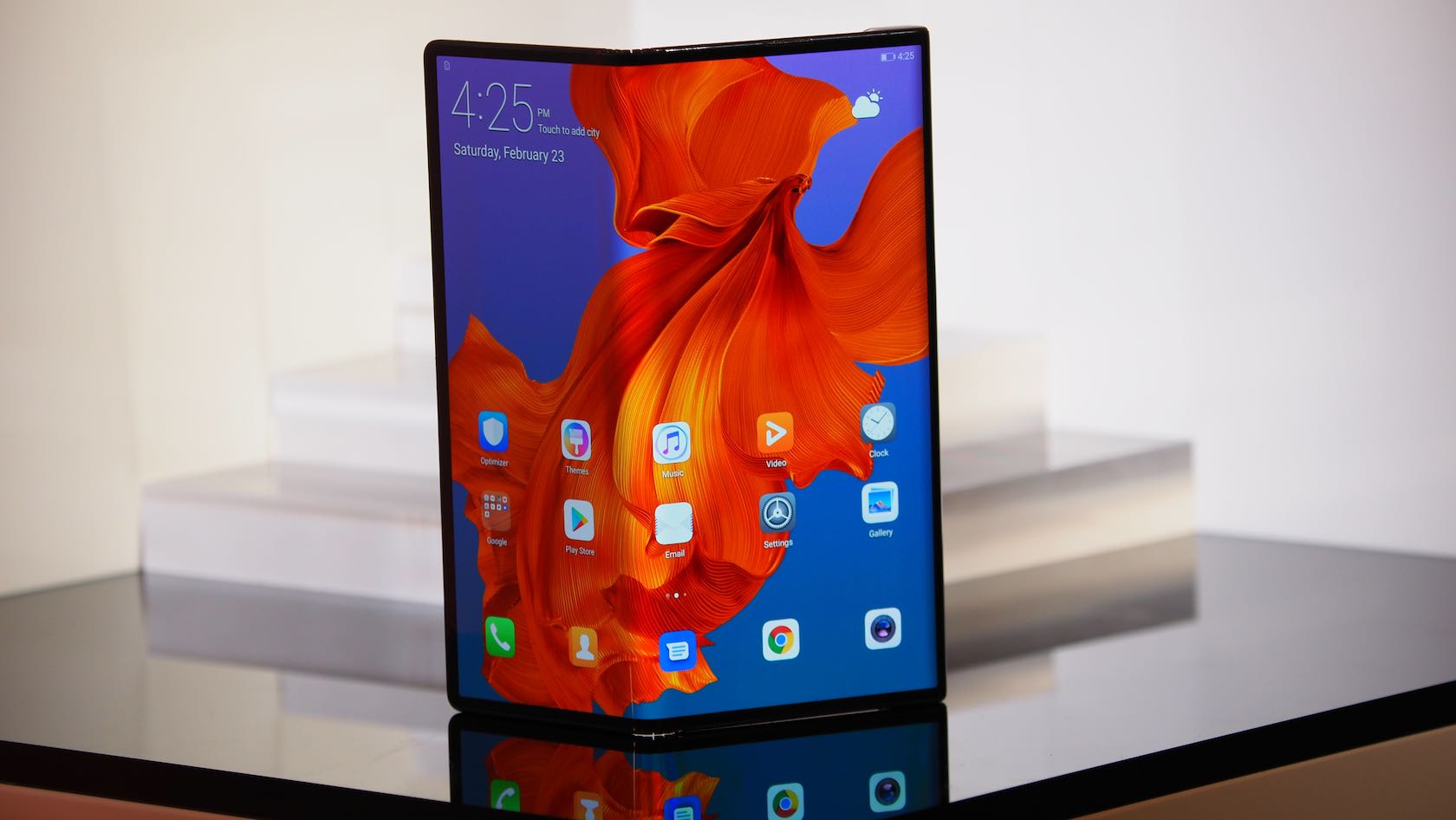 Huawei's plan to develop its own OS is an exercise in futility