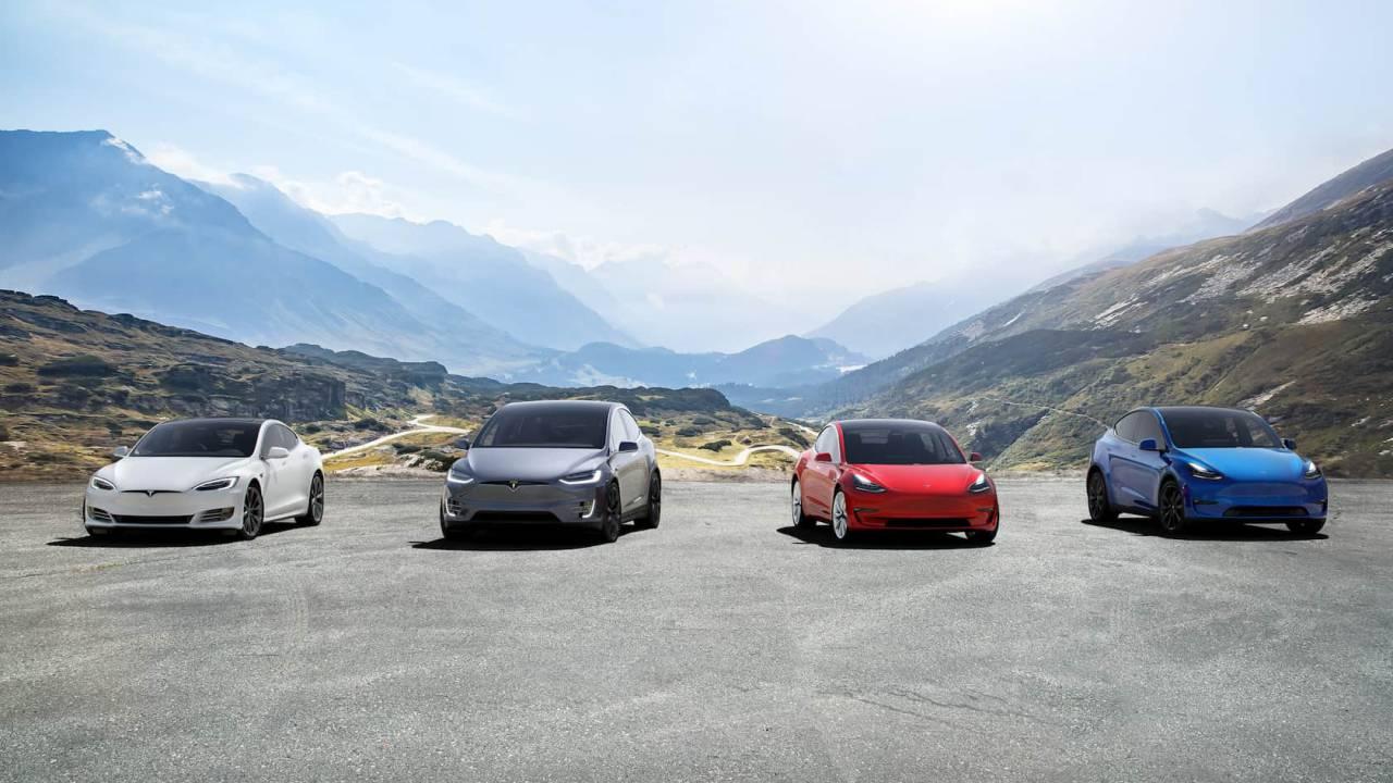 Tesla delays its March price increase