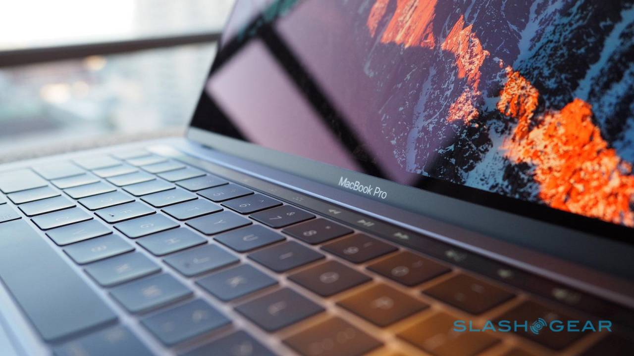 2018 MacBook Pros may have secretly addressed flexgate
