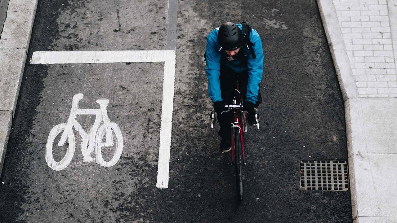 More than half of drivers dehumanize cyclists, fueling road rage