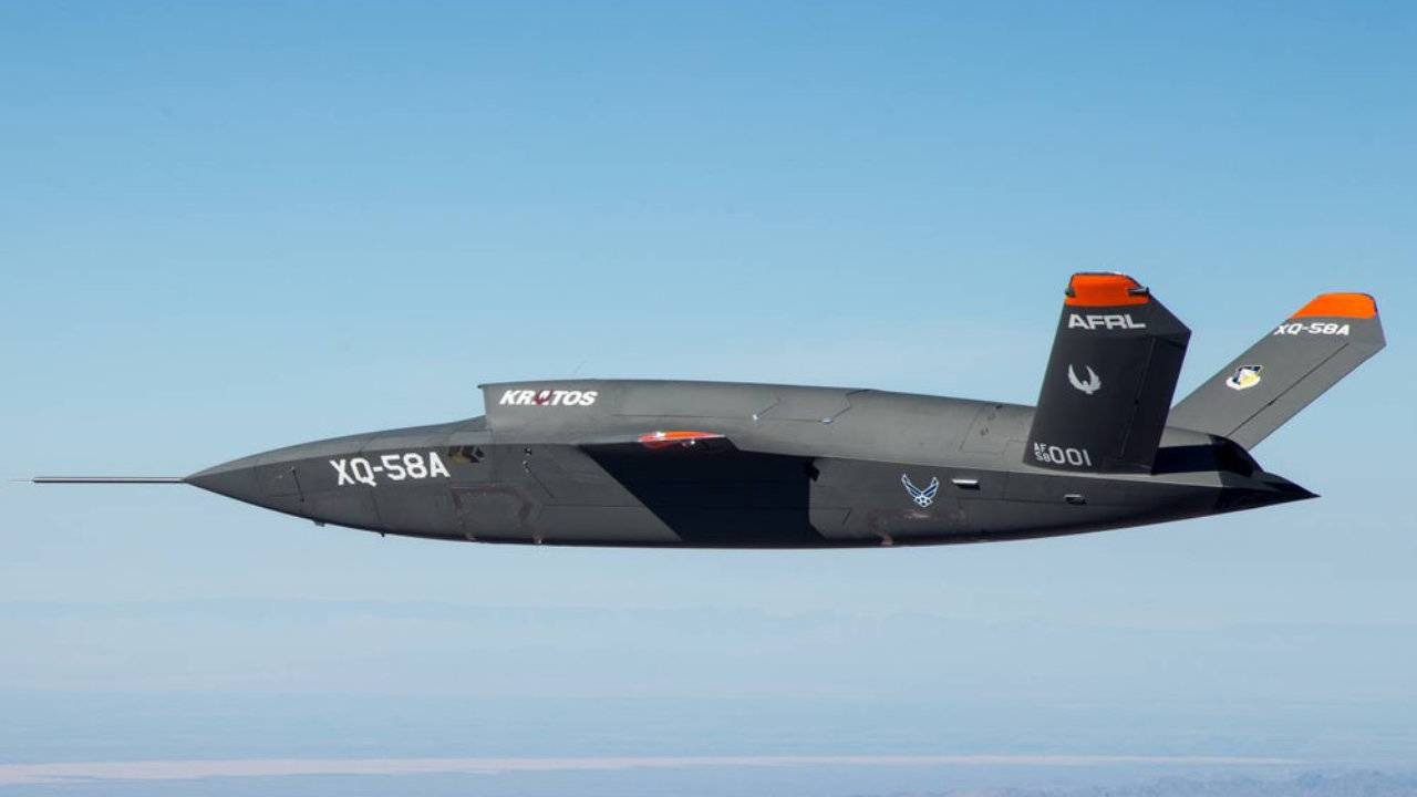Kratos stealth combat drone's first test flight was a success