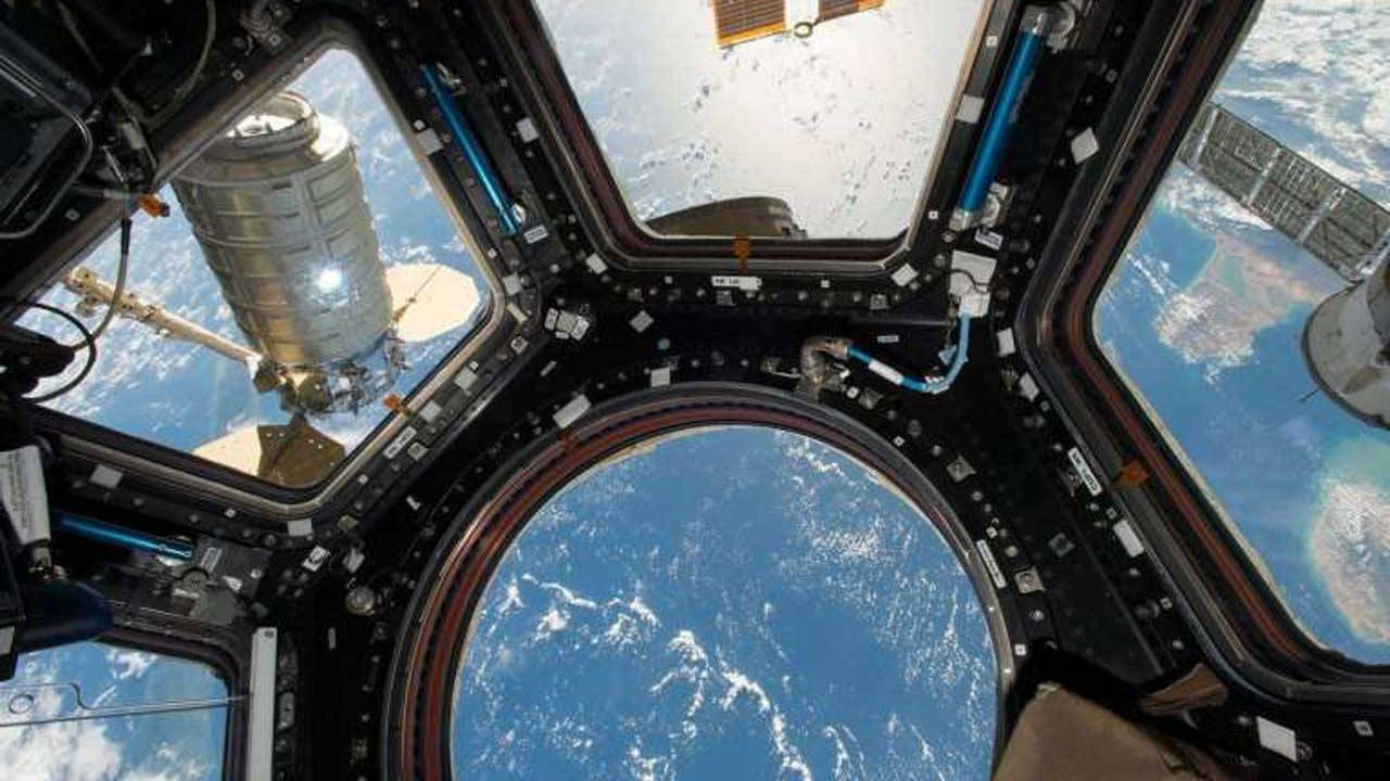 Researchers combat ISS superbugs using a new antibacterial surface coating