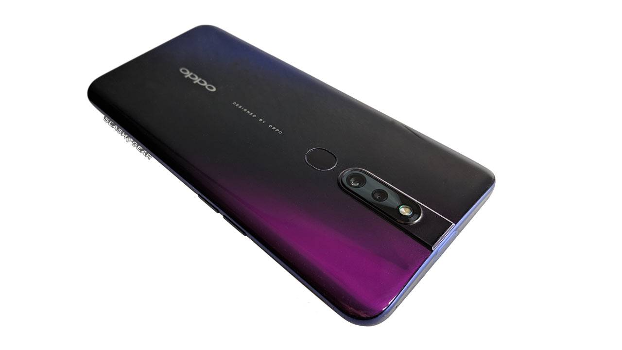 OPPO F11 Pro hands-on: The Perfume Bottle