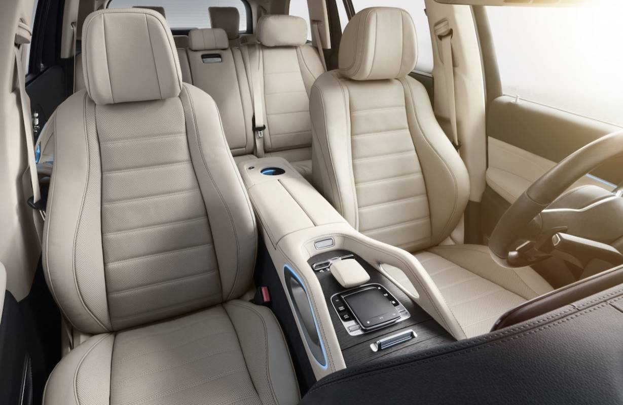 2020 Mercedes Benz Gls Packs Full Size Suv With Gadgets