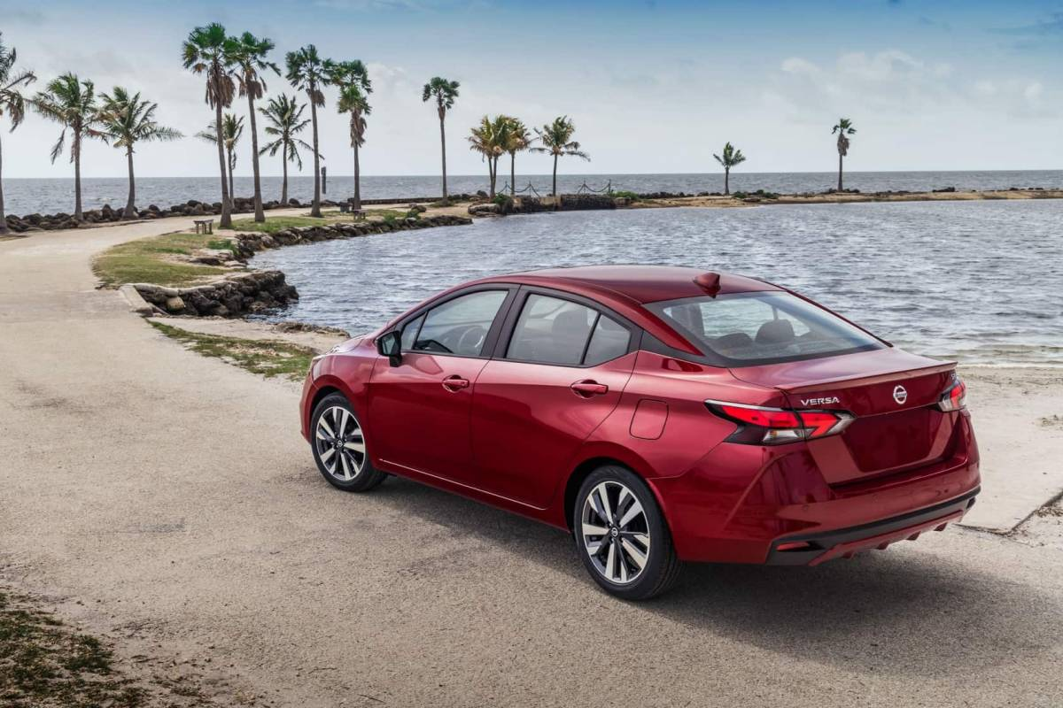 2020 Nissan Versa adds style and tech to popular ...