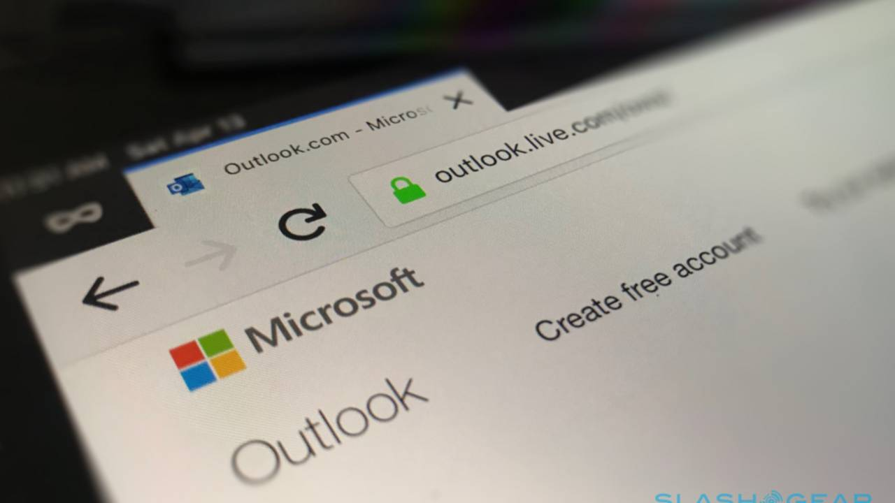 Microsoft reveals Outlook.com breach left some accounts exposed