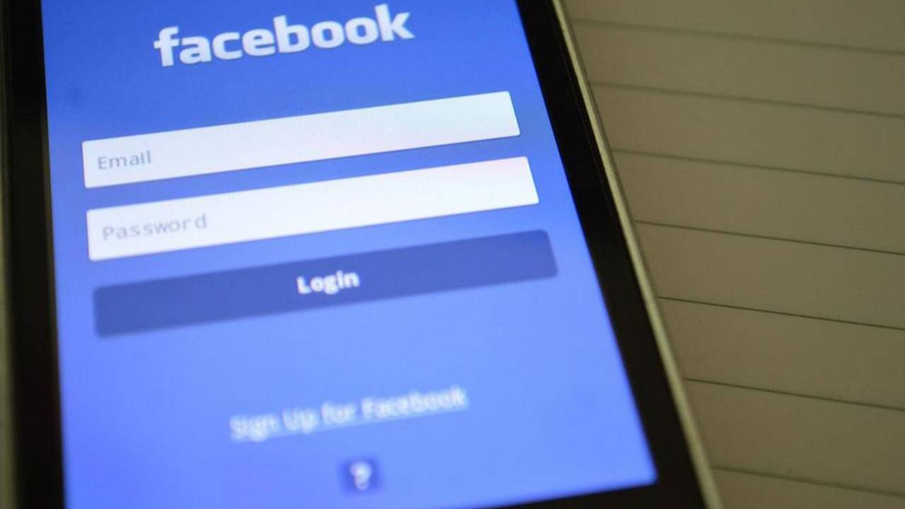 Facebook deactivated accounts reportedly still being tracked