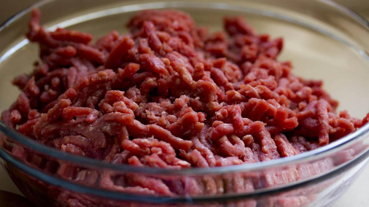 E. coli outbreak blamed on beef: Here's the CDC guidance
