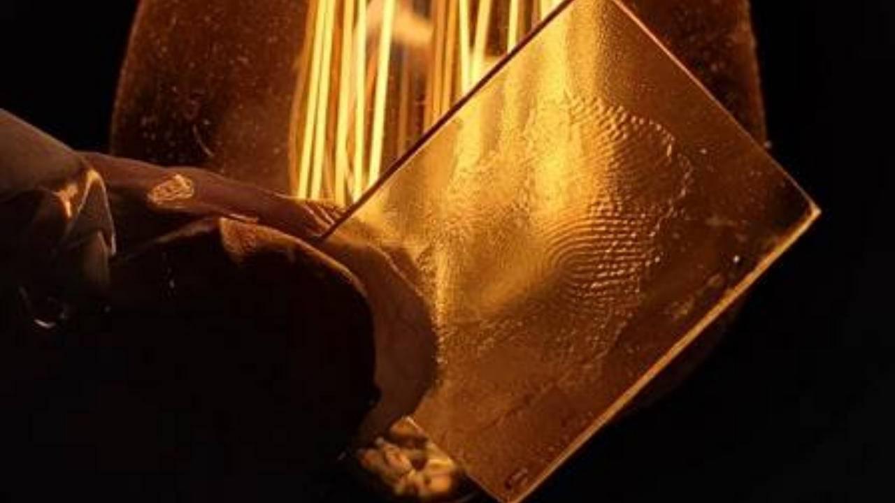 Galaxy S10 ultrasonic fingerprint scanner fooled by 3D printed mark
