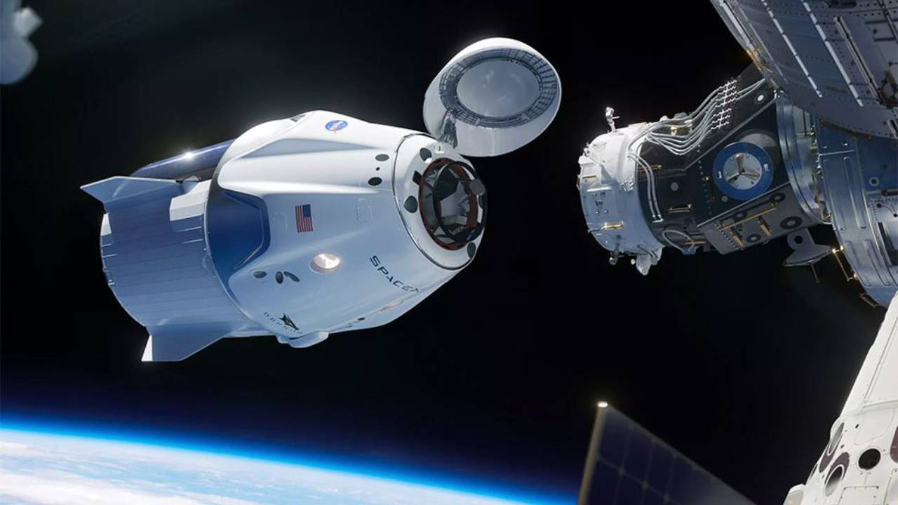 SpaceX Crew Dragon suffered smoky 'anomaly' during recent engine test