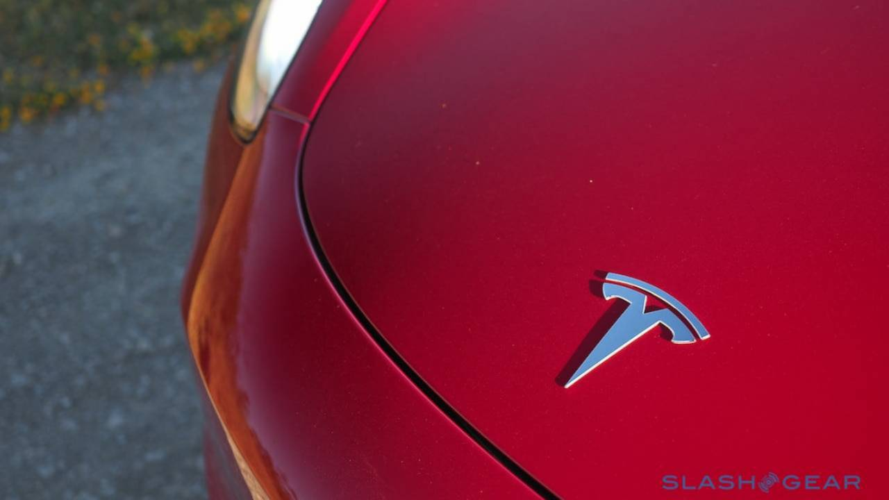 Tesla reports huge $702m net loss for Q1 2019