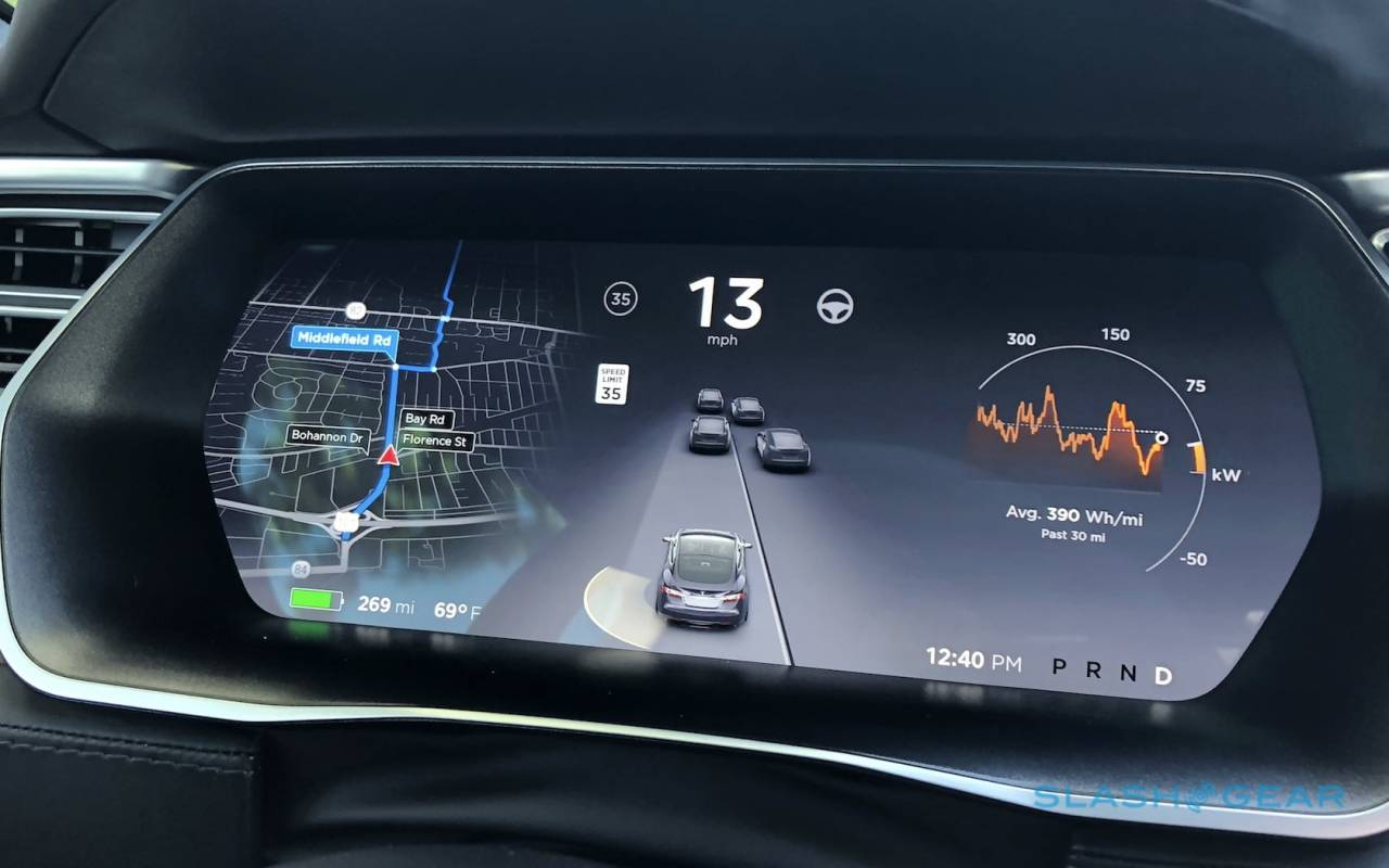 Tesla just revealed its first Autopilot accident rate for