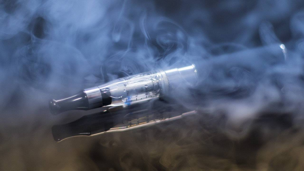 Ten major e-cigarette brands found contaminated with dangerous toxins
