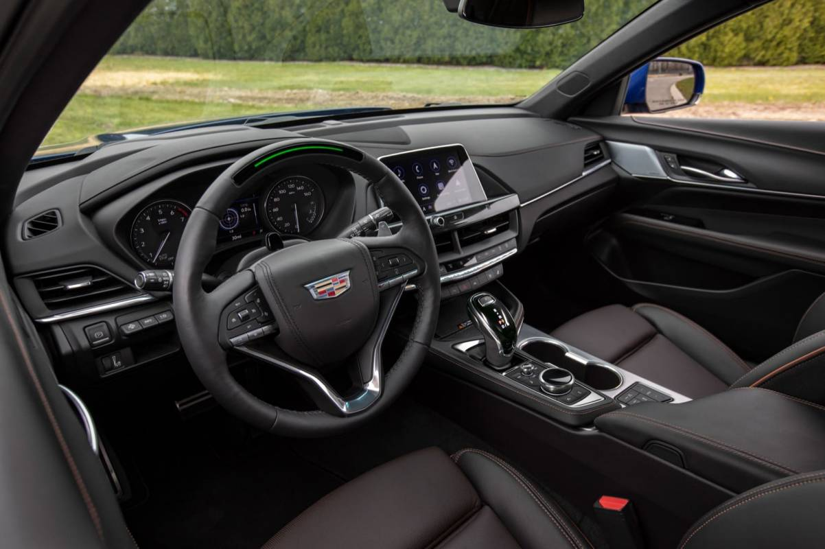 2020 Cadillac CT4-V and CT5-V pair sports sedans with ...