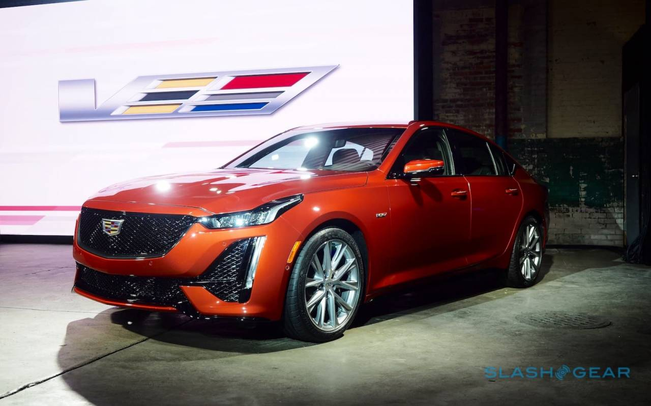 2020 Cadillac Ct4 V And Ct5 V Pair Sports Sedans With Super Cruise