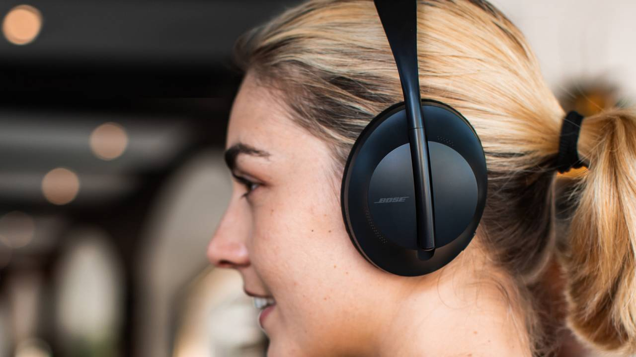Bose Noise Cancelling Headphones 700 aim to retake the audio crown
