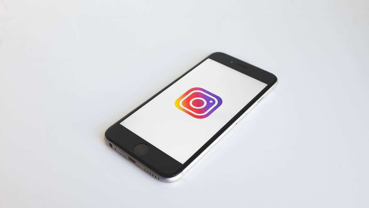 Instagram likes may not be public for much longer