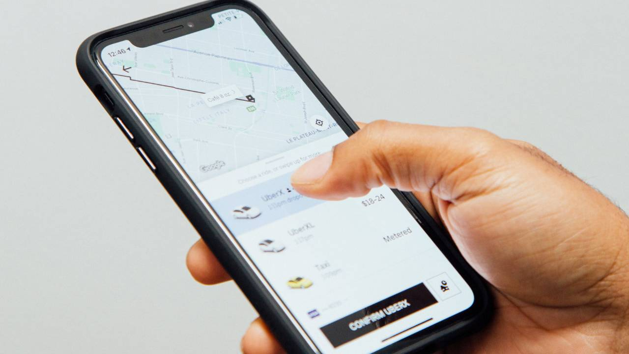 Uber will start deactivating some riders who have low ratings