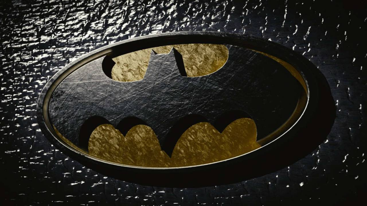 Robert Pattinson confirmed to star as Batman in 2021 movie