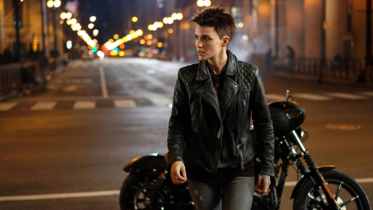The CW's Batwoman trailer arrives with release date and plot details