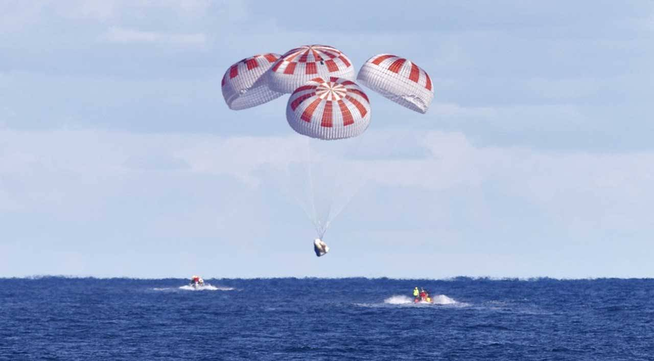 Space X Crew Dragon capsule parachute test failed