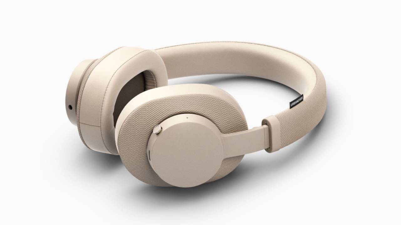 Urbanears Pampas wireless headphones offer 30 hour battery life