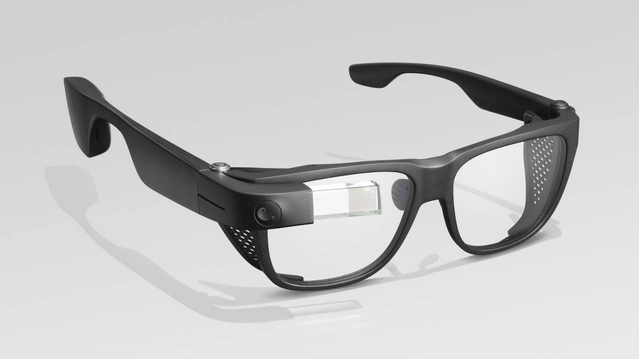 Google Glass is back – so is AR uncertainty - SlashGear