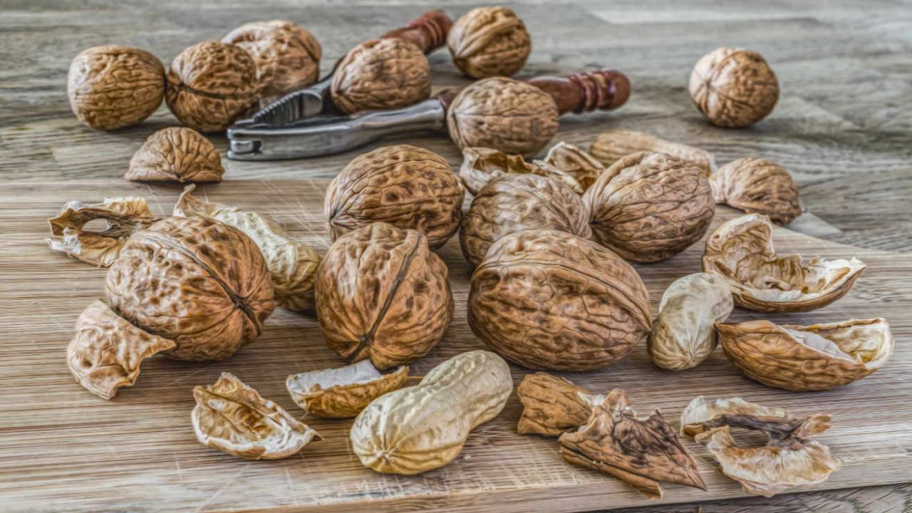 Walnuts may lower blood pressure, but only with this diet tweak