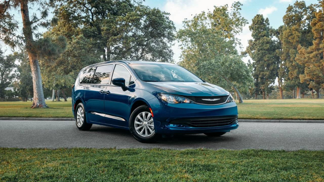 2020 Chrysler Voyager is a budget minivan with Pacifica roots