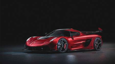 Koenigsegg Jesko Red Cherry Edition hypercar is incredible