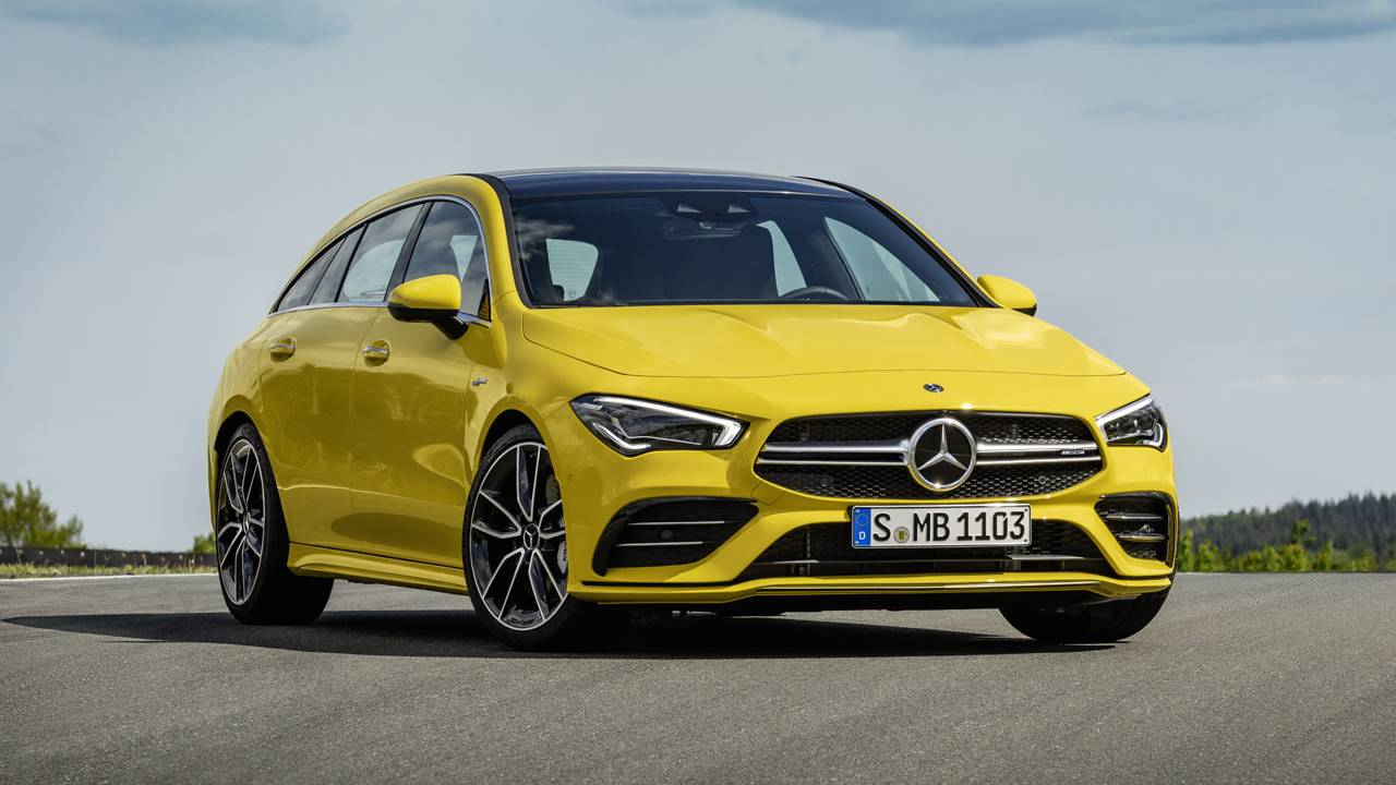 Mercedes-AMG CLA 35 4Matic Shooting Brake has 306hp