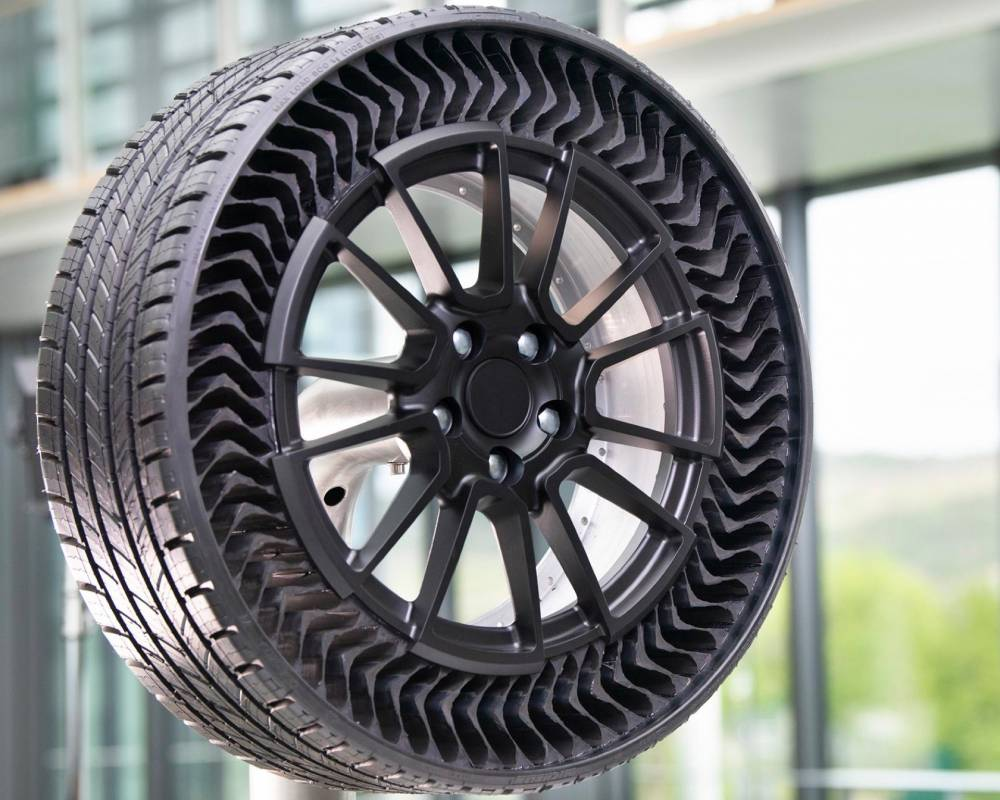 Tire For Less >> These Airless Tires Could Make Gm Cars Puncture Proof From