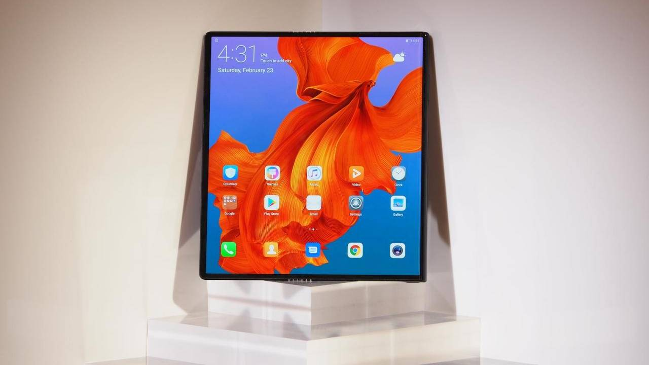 Huawei Mate X delayed after Samsung's Galaxy Fold woes