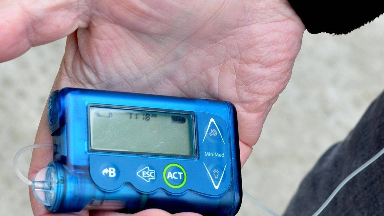 FDA warns thousands of wireless insulin pumps can be hacked