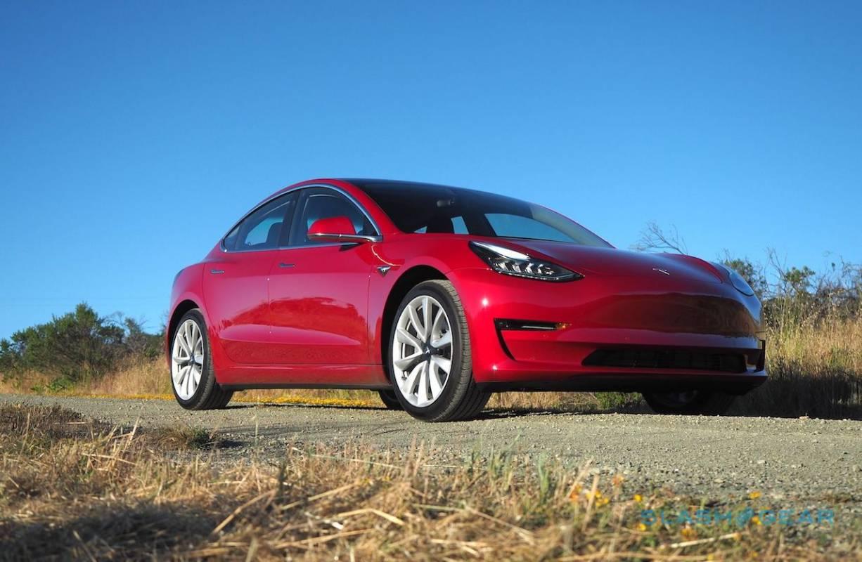 Tesla hunts in-house battery breakthrough - SlashGear