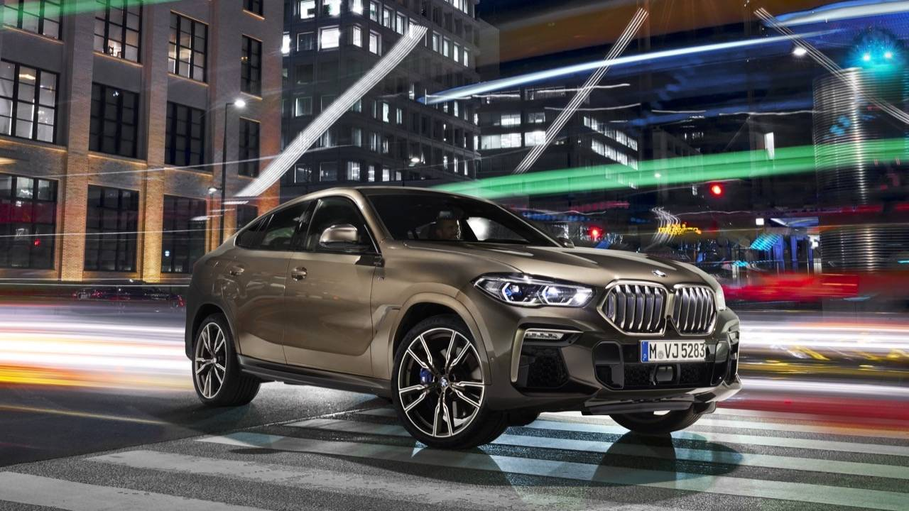 2020 BMW X6 adds power, tech and bold light-up grille