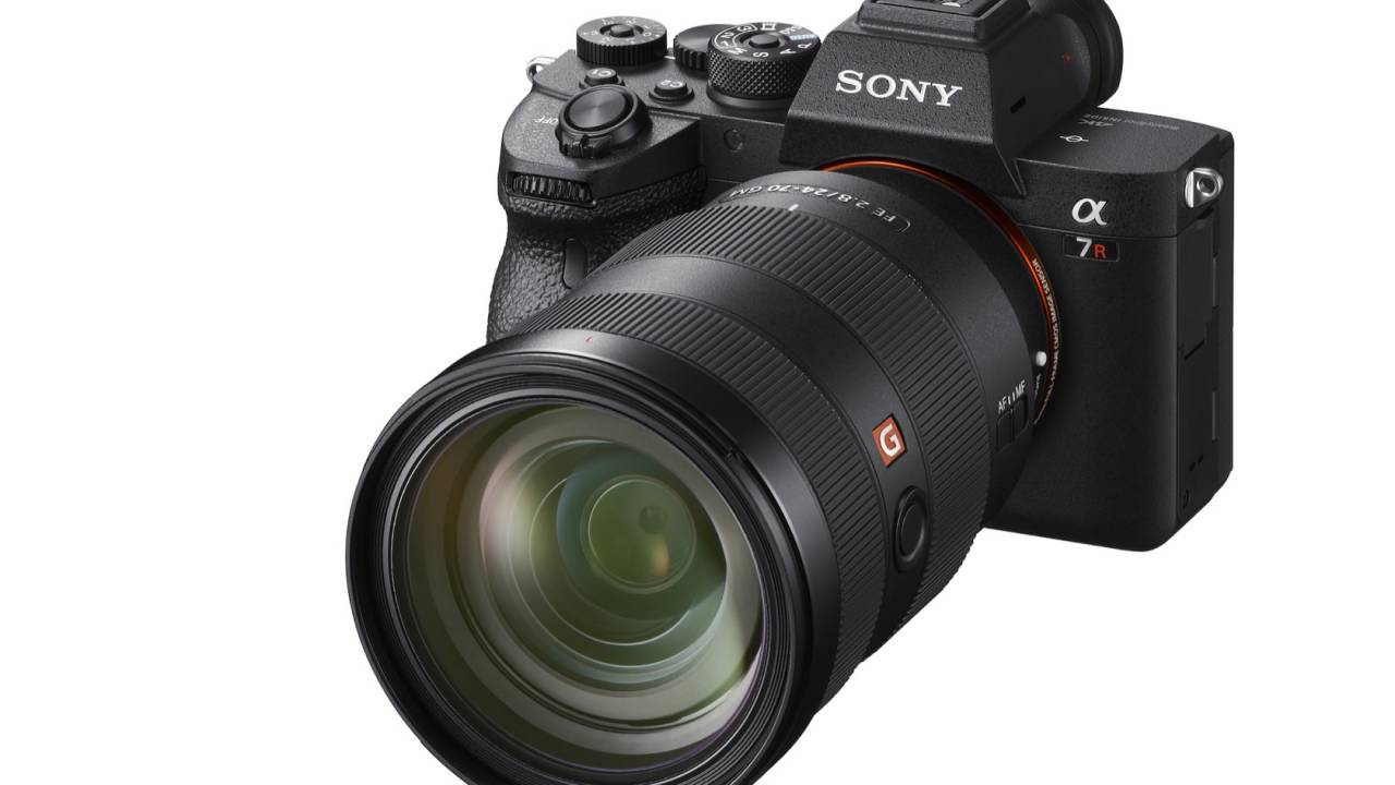 Sony A7R IV official: 61MP full-frame beast with a monster