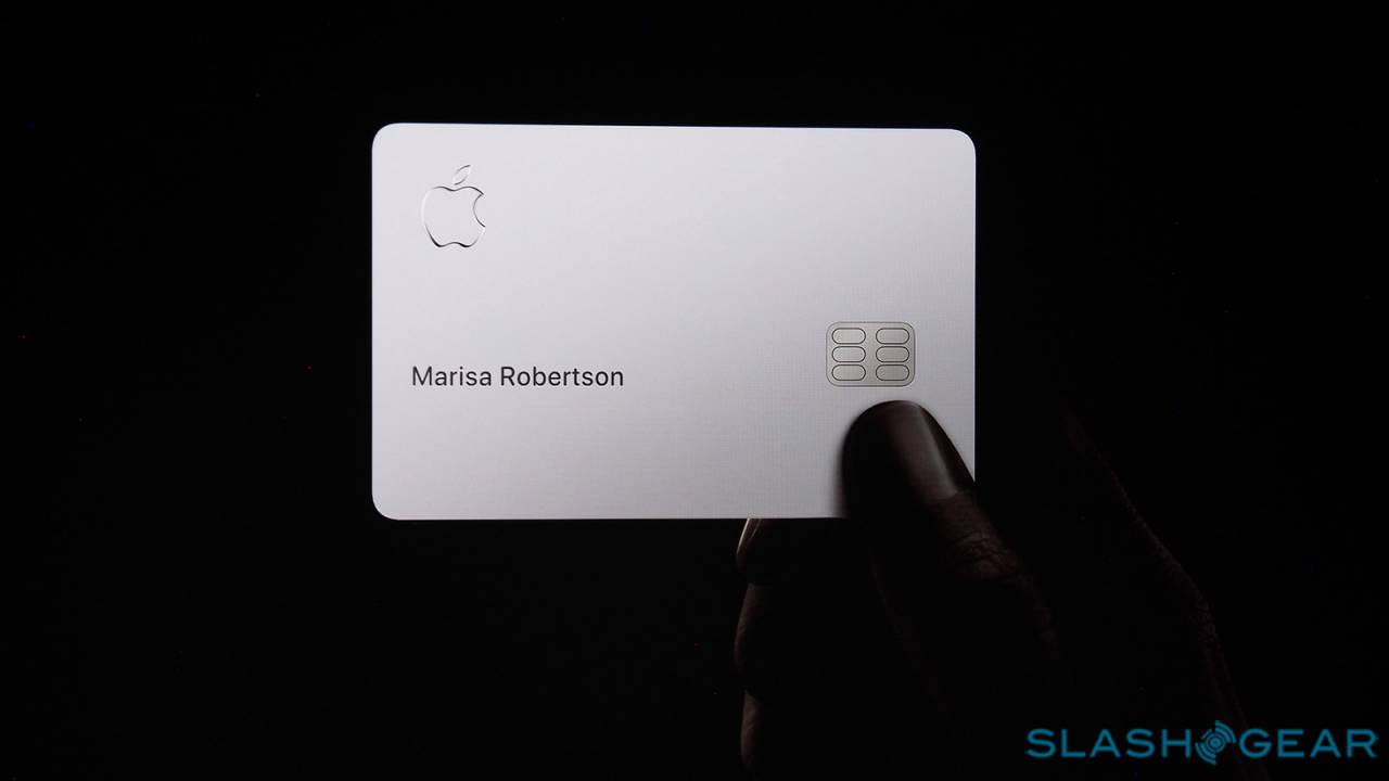 Apple Card rolls out in August