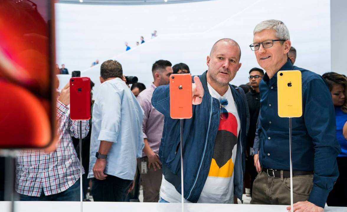 Apple should go private to save your pocketbook