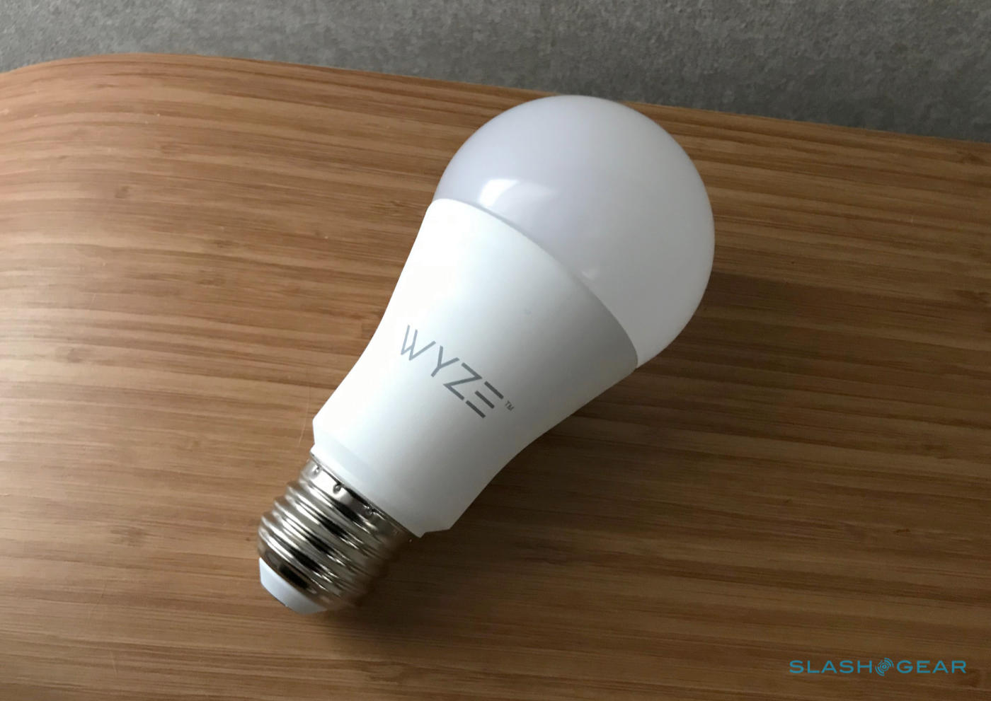 Wyze Bulb Review: An $8 smart light with Google Assistant