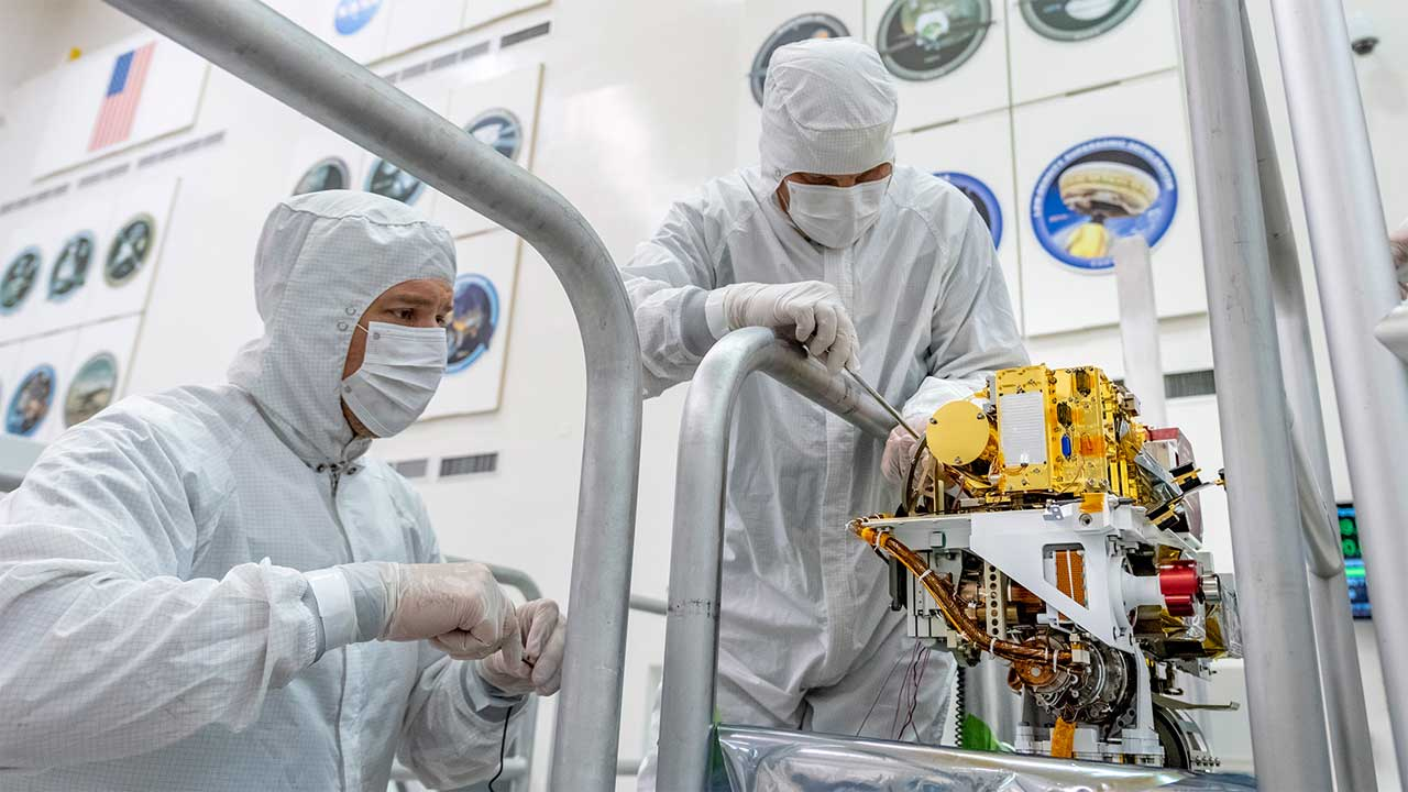 Mars 2020 SuperCam instrument has been installed
