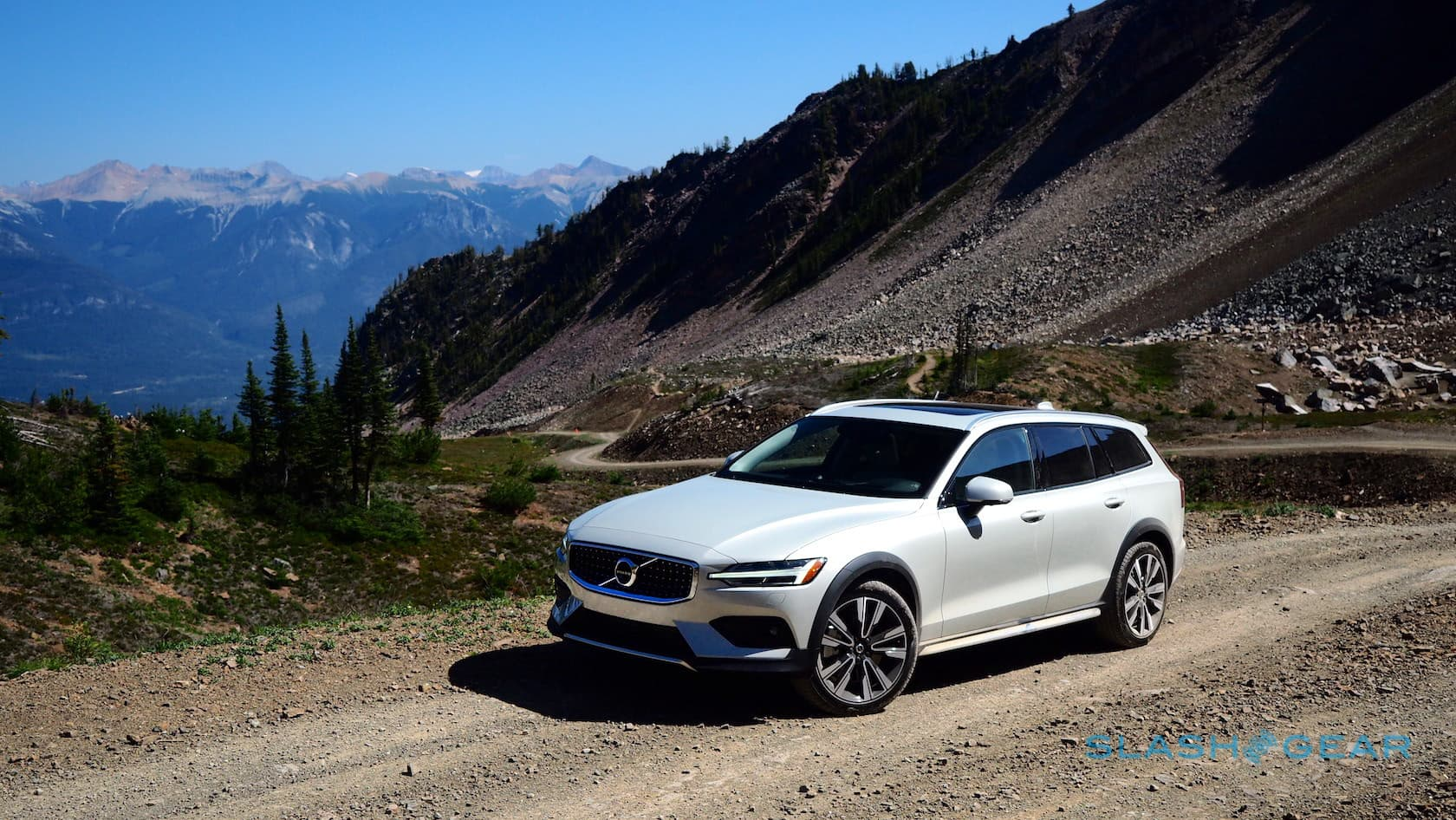 We Took The 2020 Volvo V60 Cross Country Out On Ice Now We Hit The Dirt Slashgear