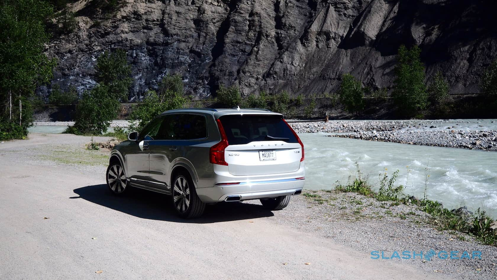 2020 Volvo Xc90 First Drive T8 Hybrid T6 And Smug Swedes