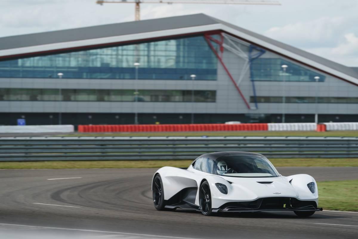 Watch The Aston Martin Valhalla S Near Otherworldly Track Debut Slashgear