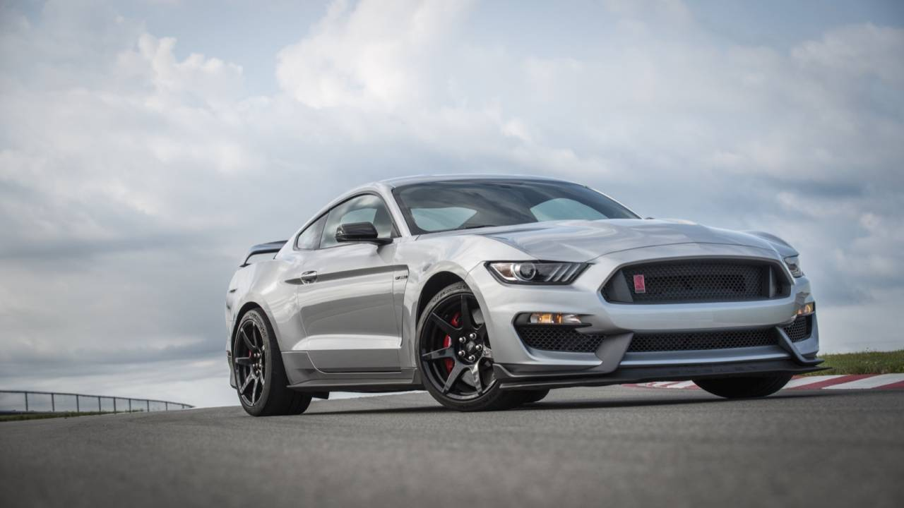 2020 Mustang Shelby GT350R borrows some GT500 engineering