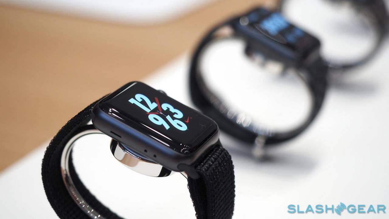Apple Watch screen replacement program promises free crack fix