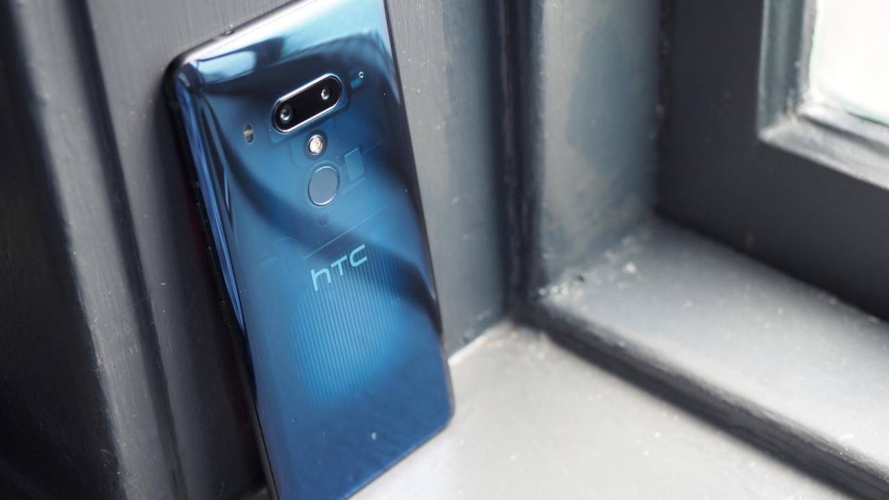 HTC phones pulled from the UK due to patent dispute