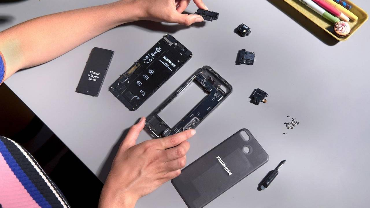 Fairphone 3 keeps the modular phone dream alive for sustainability